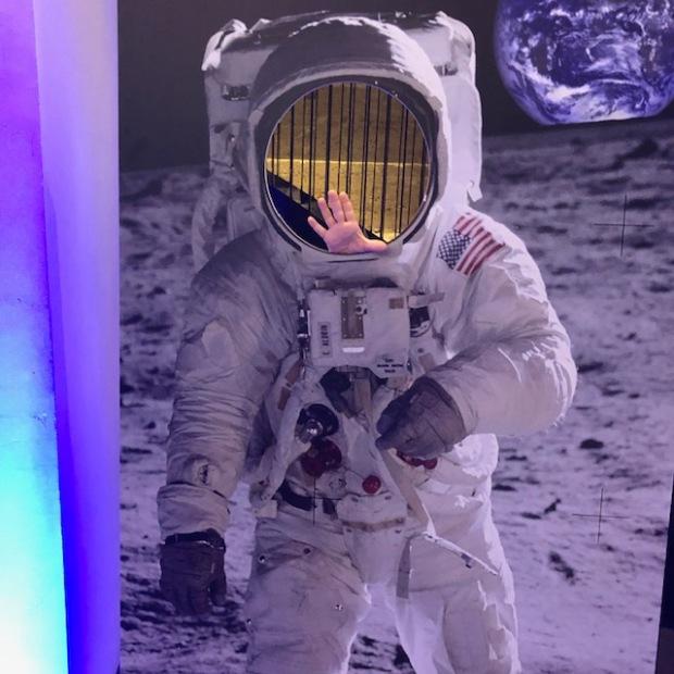 SingleCityMama_Planetarium